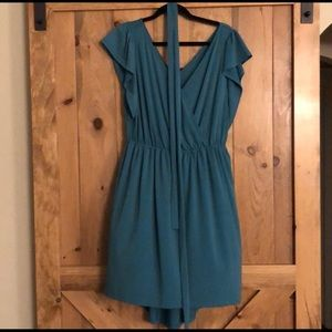 Dresses & Skirts - Ava & Vic, Simple and Classy Faux wrap dress.